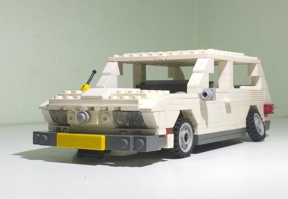 Jovem de 17 anos recria com perfeição carros clássicos nacionais em Lego